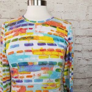 🏷 Saucony Multi-Color Print Long Sleeve Tee